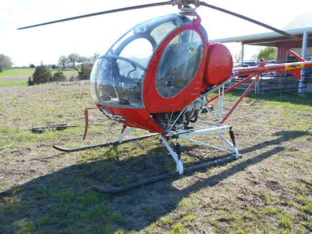 1967 hughes th 55 269a helicopter : This th 55 helicopter needs a