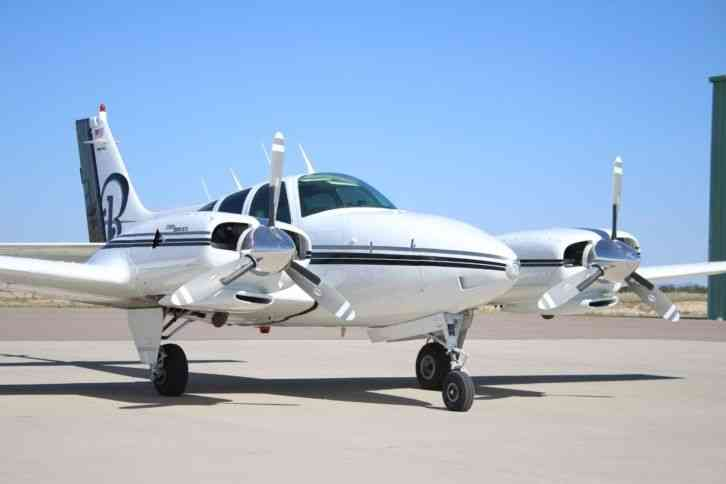 beechcraft airplane