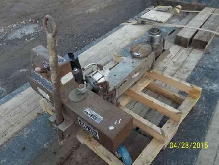 65 Ton Hydraulic airplane jack-	show original title