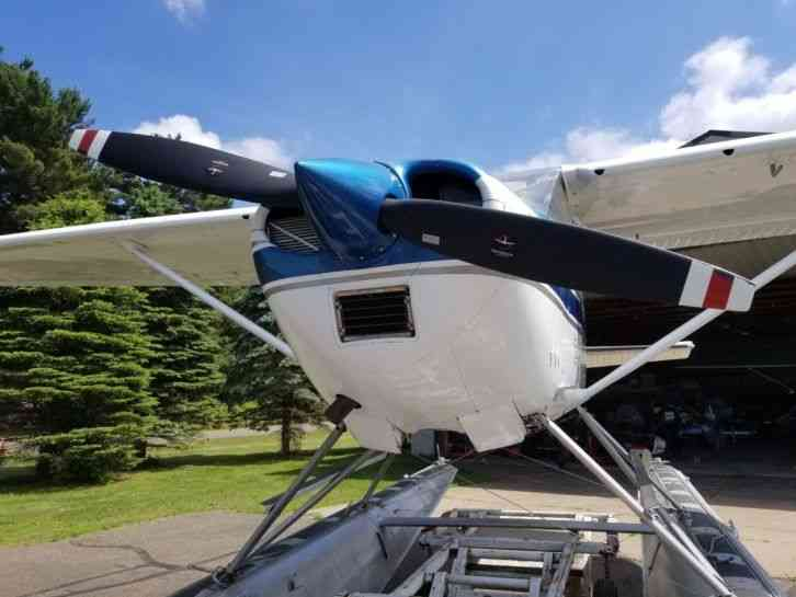 """182H seaplane with complete seaplane converion  O 520 engine, 88 seaplane  prop 25SMOH, Aircraft TT"