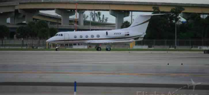 skygulfstream airplane