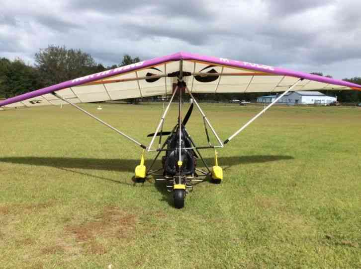Hello and thanks for looking at this auction for a 2004 Krucker Tundra  Trike! This aircraft has: Low
