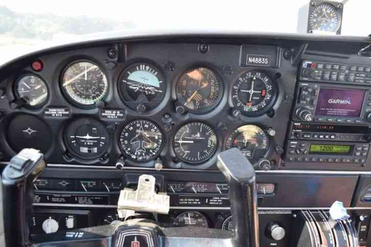 """Beautiful Piper Cherokee Six, like new interior, incredible avionics, this  is the real deal "" Piper"