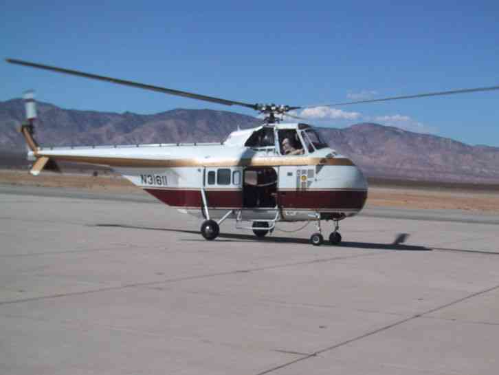 Elicottero S 55 : Sikorsky s b helicopter with round motor no reserve