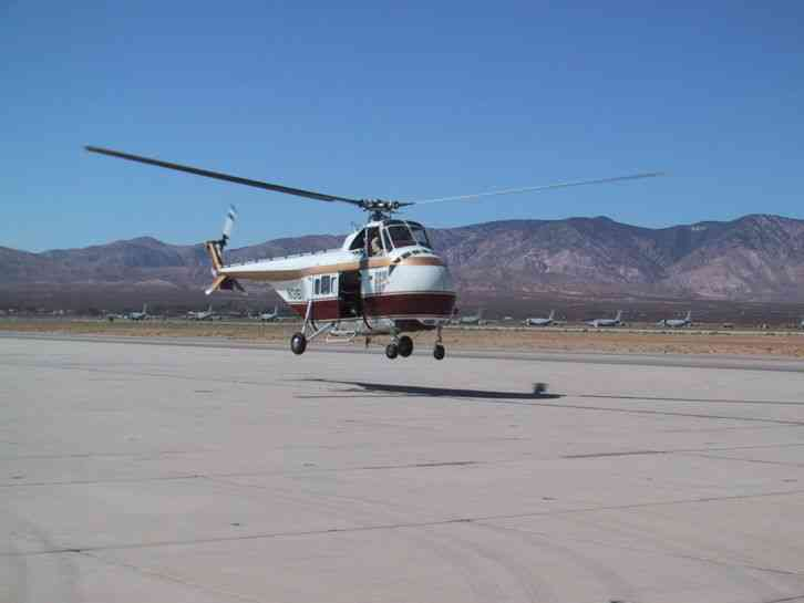 SIKORSKY S-55B HELICOPTER WITH ROUND MOTOR NO RESERVE