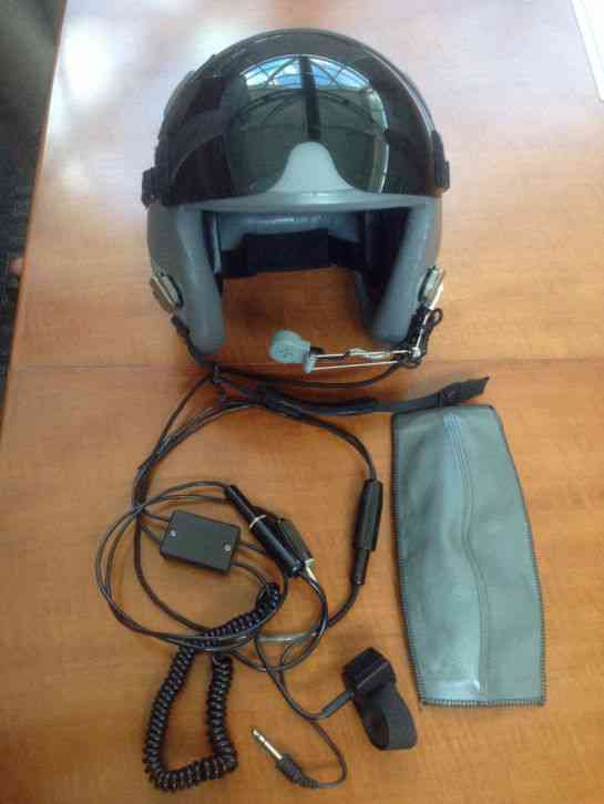 """visor has a no scratches and is very good condition "" Gentex Manufactured  HGU 55 P flight helmet"